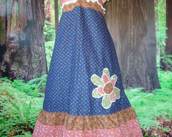 SALE One Dollar Applique on a Country Dress Hippie Eyelet Lace Patchwork Women Vintage Hippy Spring Summer Retro elyse oRiGiNaLs SIGNATURES