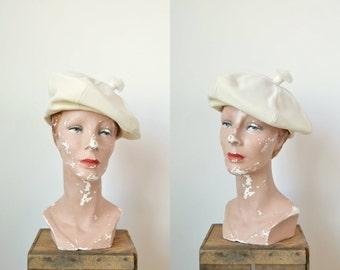 Vintage Cream Beret --- 1960s Bethmar Hat