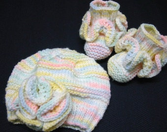 Hand Knit Baby Hat Booties Pastel Ruffles Hat and Booties 3-6 Months Baby
