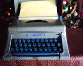 Antique Tom Thumb Child's Typrwriter