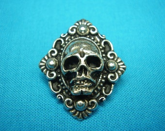 Skull Button, Victorian Mourning Style, Small, Brand New, Metal, Hand Cast In Silver Pewter, STK198