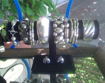 1930's vintage 900 sterling repousee art deco Mexican bracelet.