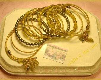 Olive Gold Vintage Indian Glass  Memory Wire Bracelet