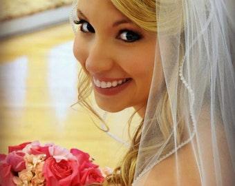 Custom Handmade 1 Tier Fingertip  Wedding Veil Bridal With a Rhinestone Edge