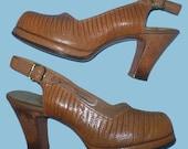 Vintage 50s Tan Lizard Peeptoe Platform Shoes 5 AA