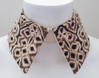 Abstract Detachable Collar