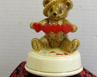 Valentine Bear Music Box - Otogiri
