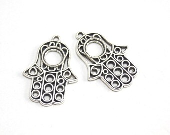 2 pcs-Matte Oxidized Silver plated Hand of Hamsa charm-30x22mm (420-015SP)