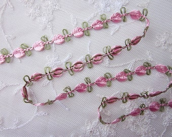 Embroidered Rose Bud PINK Flower Ribbon Trim w Green Leaves Scrapbook Reborn Doll Quilt Sewing Couture