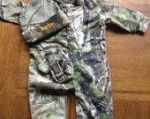 Personalized Camouflage Camo Infant Newborn Baby Long Sleeve Sleeper Creeper Boys or Girl Hat bootie Set COMING HOME OUTFIT