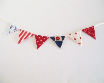 Red White Blue Bunting Americana Fabric 1:12 Dollhouse Miniatures Artisan