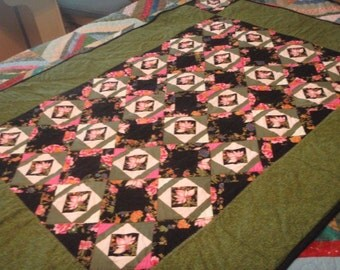 Reduced Oriental Lotus Black & Green Quilt