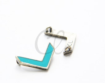 4 Pieces Turquoise Enameled with Antique Brass Triangle - 20x14mm (1879C-U-172)