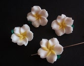 5 Clay Beads, Jewelry Making Supply, Beautiful Handmade White Flowers of Polymer Clay