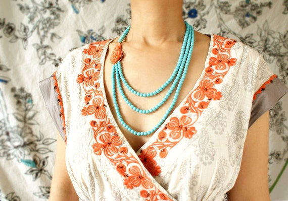 Coral flower statement necklace, vintage faux coral brooch triple strands turquoise, coral red statement necklace luxury gift