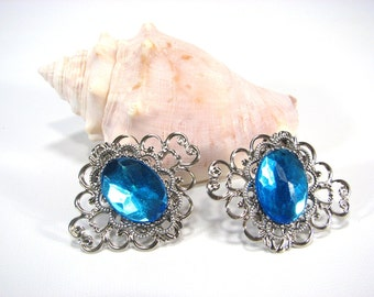 Aqua Blue Shoe Clips Silver Filigree for your Bridal Party Wedding Accessories 1 Pair