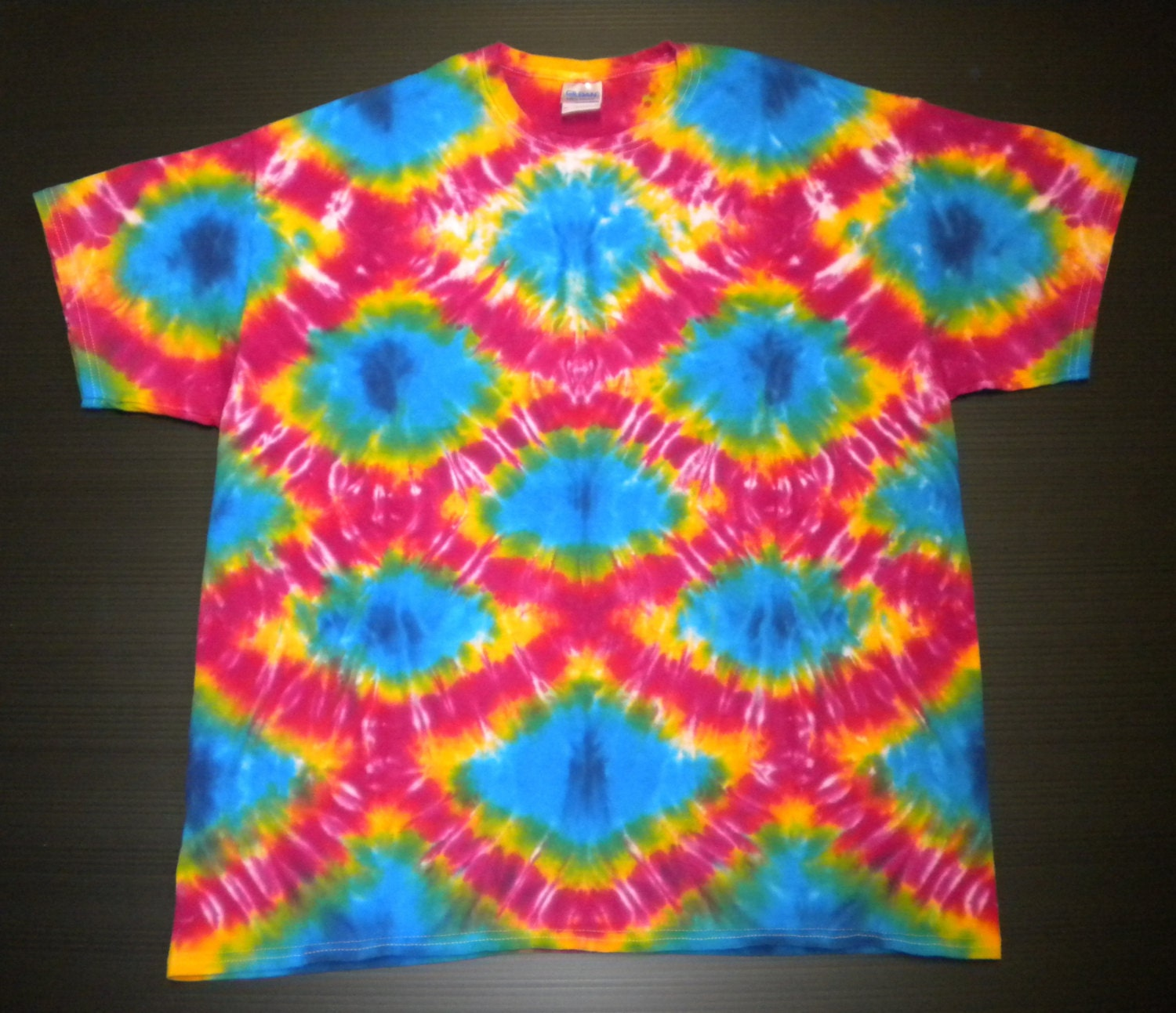 Tie dye shirt crew neck happy fish scales size xl for Fish scale shirt