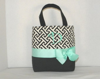 Black and White Monogrammed/Personalized Tote, Purse, Bridesmaid Gift.Flower Girl, MoG. MOB, Cheer Squad, Sports Teams
