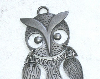 Fantastic Pewter Owl Pendant Vintage Large Reticulated Hooter