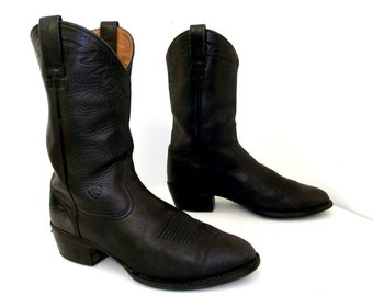Black on Black Leather  Ariat brand cowboy boots size 11 D