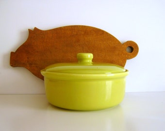 Vintage Bauer Casserole Chartreuse Baking Dish with Lid Mid Century Modern Kitchen