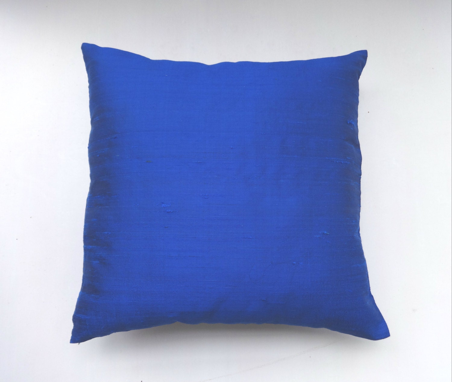 Throw Pillows Royal Blue : Royal Blue dupioni silk pillow cover 18 inch throw pillows