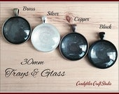 50pk... Circle Pendant Trays...with Glass Inserts ....Size 30mm...Mix and Match