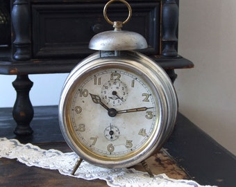 Vintage Kienzle alarm clock, Grand nostalgic clock, c.1940 German collectible alarm clock, manual wind up alarm clock, shabby chic decor