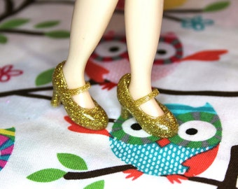 Blythe Gold Glittery High Heeled Mary Jane shoes