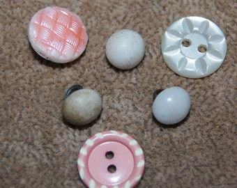 Vintage6 Art Deco Unrelated  Mixed Size and Style  Buttons  N6R 4