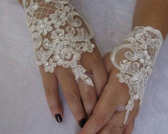 Bridal Wrist Cuffs,White Lace Gloves