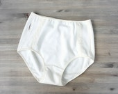 Organic cotton french brief - high rise cream white lace panty