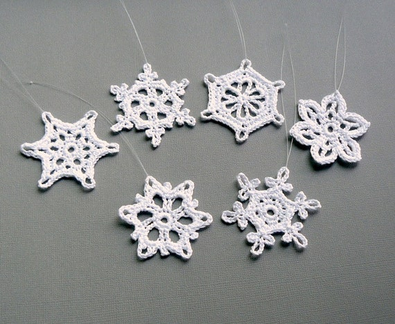 6 Crochet Snowflake Ornaments -- Small Snowflake Assortment ST1, in White