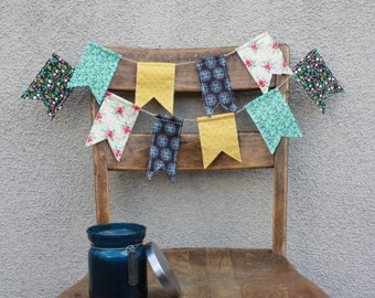 Spring Gloomaway Pennant Banner Bunting