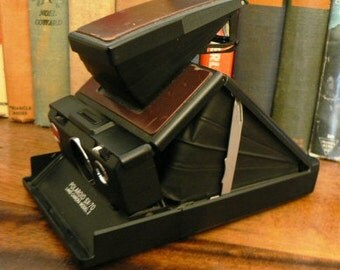 vintage camera ...  the POLAROID SX70 LAND camera Model 2 ... huge collector find ...
