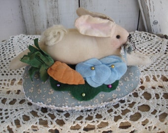 Rabbitl Pinkeep, Primitive, Rustic,  Sewing Needs, Home Decor, Pincushion, Bunny Pinkeep, Ofg, Faap, Hafair. Dub