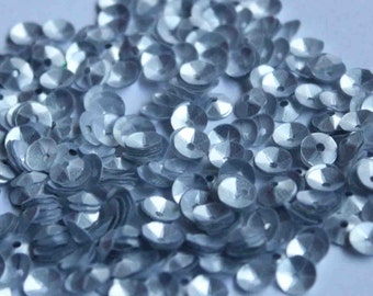 100 Mettalic Silver/3D Round Sequins/KBRS084