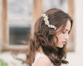 Gold floral hair comb, bridal headpiece gold , bridal hair comb, crystal hair comb, bridal - style 1116 - FREE SHIPPING*