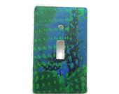 "Electric Switchplate, Toggle Switch Plate, Single Switch Cover, Green and Blue ""Pond Surface"" Pattern"
