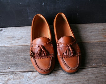 Men's Loafer Moccasin Style Tan Leather With Kilties Vintage 80s From Nowvintage on Etsy