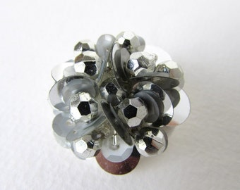 Vintage Button Silver Bead Grey Sequin Bridal Sewing Shank 33mm but0202 (2)