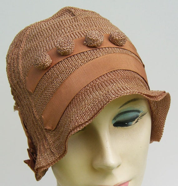 Vintage taupe deco flapper knit cloche by marvita13 on etsy - Deco toiletten taupe ...
