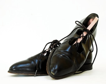 Pointed Corset Oxfords In Dark Chocolate Leather 8.5. Made In Spain.