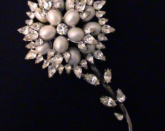 Vintage Large Layered Crystal Rhinestone & Pearlescent Cabochon Brooch