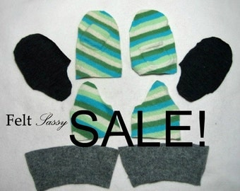 SALE - Wool Sweater Mitten Kit - Children Size DIY - Fully Lined #112