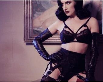 Dark Ladies Wear Arabella Girdlette  .....50's Retro Style 6-12 Strap Garter Suspender Belt
