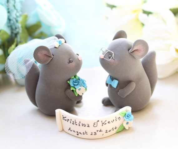 cute animal wedding cake toppers chinchillas wedding cake toppers rustic 13267