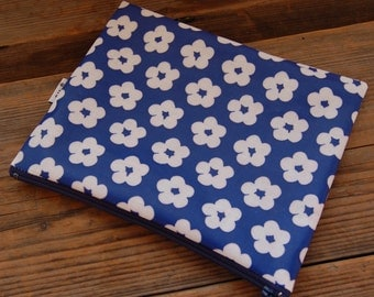 "Retro Blue Floral OIL CLOTH Wet, Baby Bag, pouch, snack, lunch, waterproof, Finland, 7x6"", zipper"