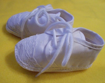 Baby booties shoe slipper Baptism Boy tie oxford shoes vintage inspired white infant male cotton wedding