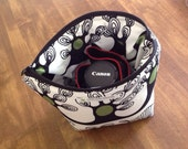 modern padded camera insert // dslr zipper pouch // canon rebel bag // funky trees // READY TO SHIP
